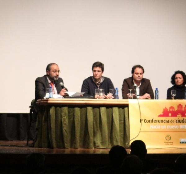 Extraordinario éxito de la primera conferencia de ciudades de rango intermedio, organizada por el Ayuntamiento de Villarreal y la Fundación Fydu